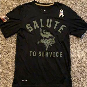 Dri Fit- NIke NFL Salute to Service Vikings shirt